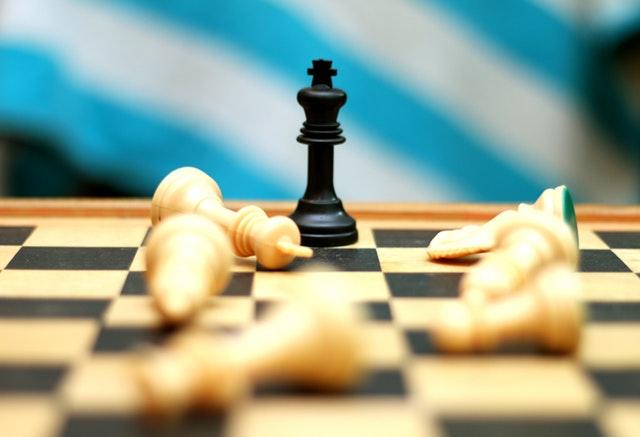 Perang Kepentingan: Kepentingan siapa yang tengah dijalankan?